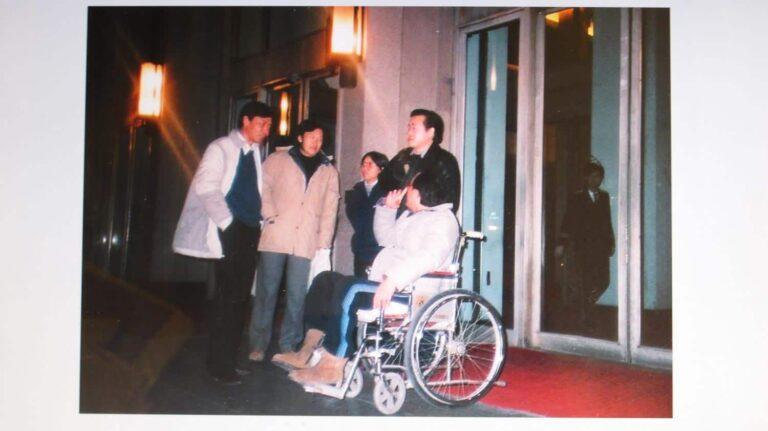 Xi Xi in Beijing with Zheng Wanlong, Li Tuo, Mo Yan, and Shi Tiesheng (1987).