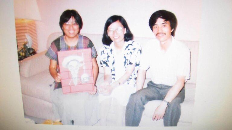 Xi Xi with Jiang Yun (left) and Li Rui (right).